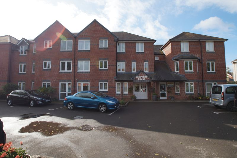 1 Bedroom Property for sale in 8 Rectory Road, Burnham-On-Sea