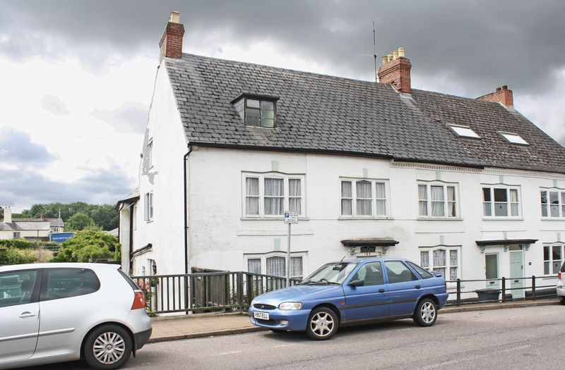 1 Bedroom Property for sale in High Street, Honiton