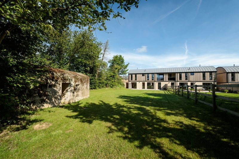 4 Bedrooms Property for sale in Peasmarsh, Ilminster