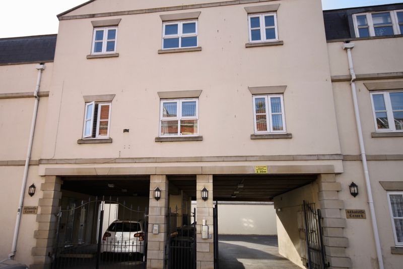 2 Bedrooms Property for sale in Gloucester Mews, Weymouth