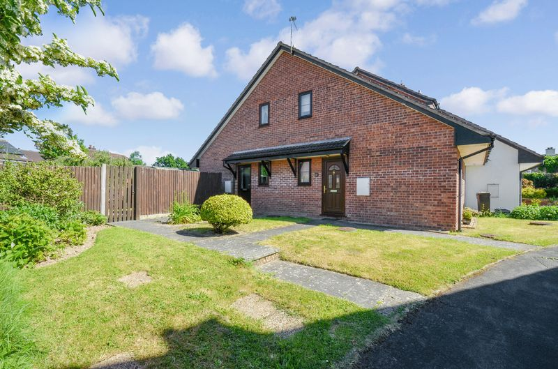 1 Bedroom Property for sale in Fulton Close Ipplepen, Newton Abbot