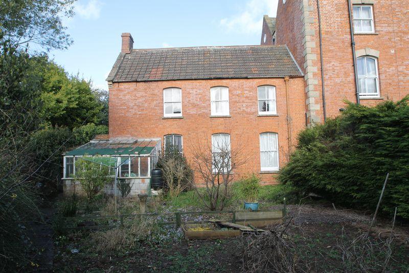 2 Bedrooms Property for sale in Portway, Wells