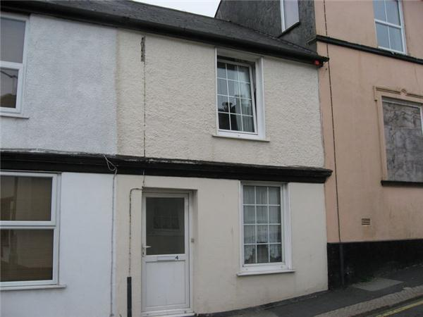 3 Bedrooms Property for sale in Church Street North, LISKEARD
