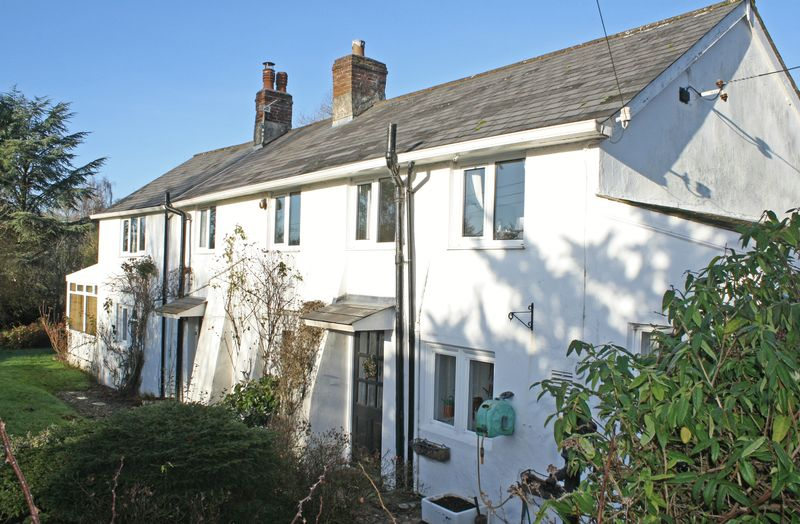 3 Bedrooms Property for sale in Weston, Honiton