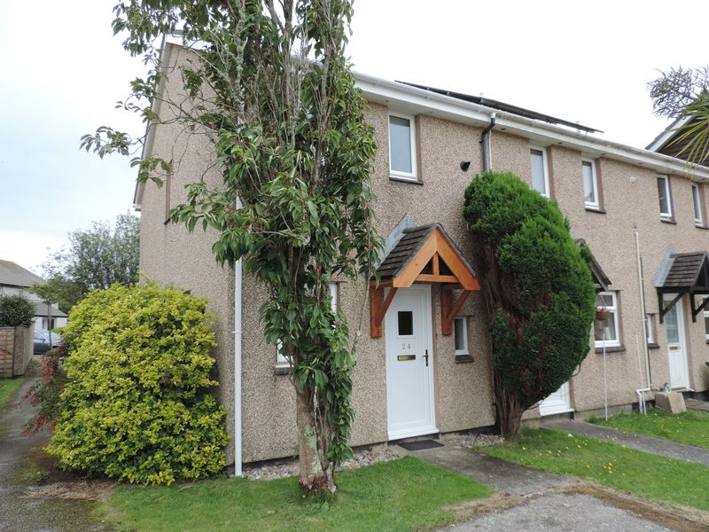 2 Bedrooms Property for sale in Holly Close Threemilestone, Truro