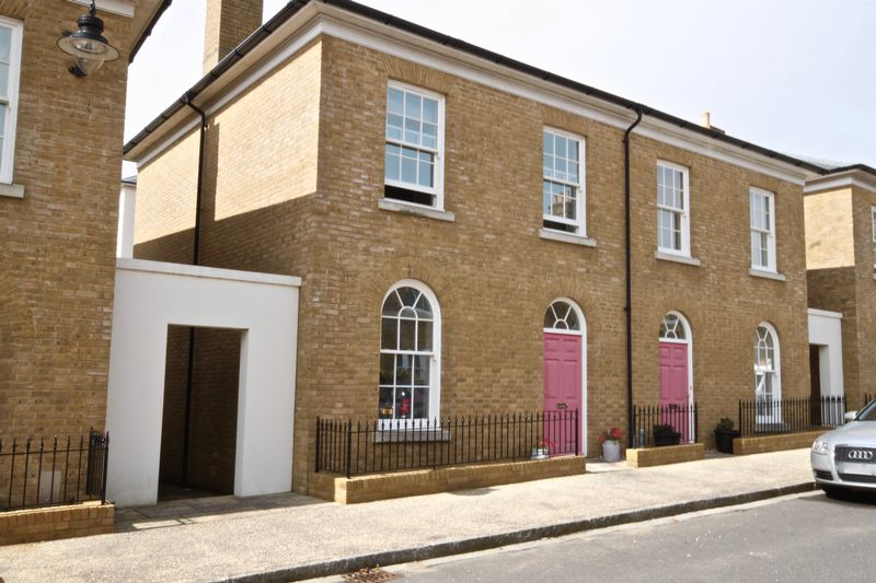 3 Bedrooms Property for sale in Trematon Street Poundbury, Dorchester