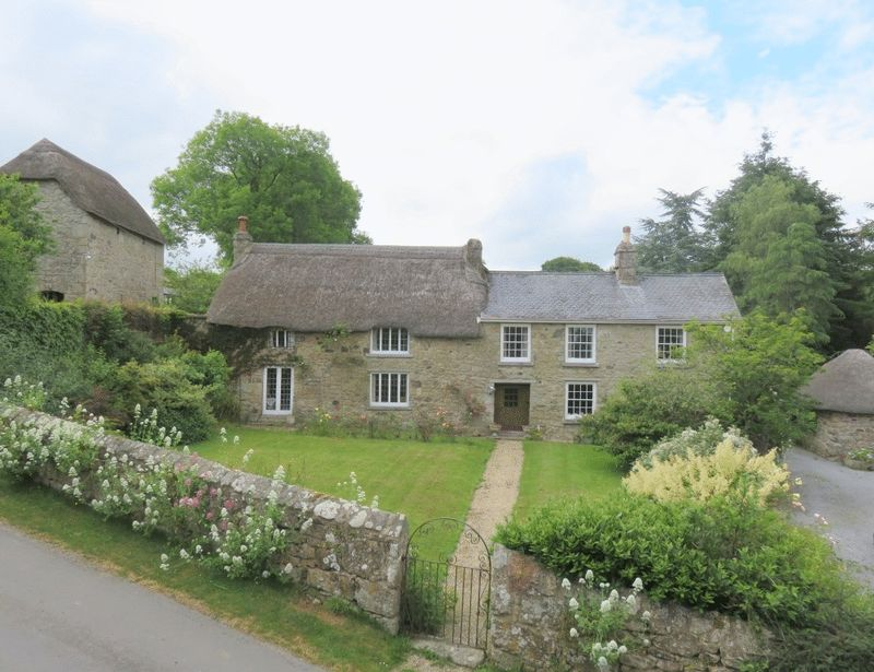 4 Bedrooms Property for sale in Chagford, Newton Abbot