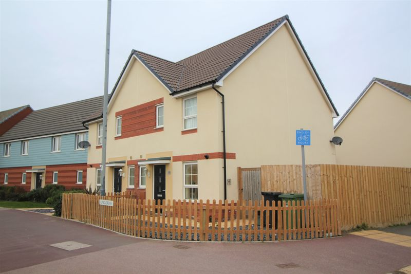 3 Bedrooms Property for sale in Kings Drive Kings Down, Bridgwater