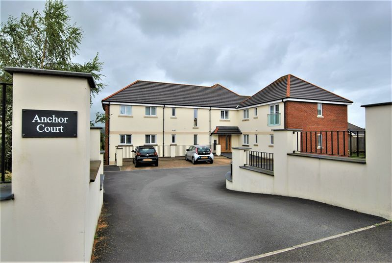 2 Bedrooms Property for sale in Park Avenue Sticklepath, Barnstaple