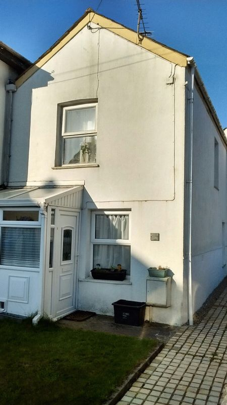 2 Bedrooms Property for sale in Clifden Road, St. Austell