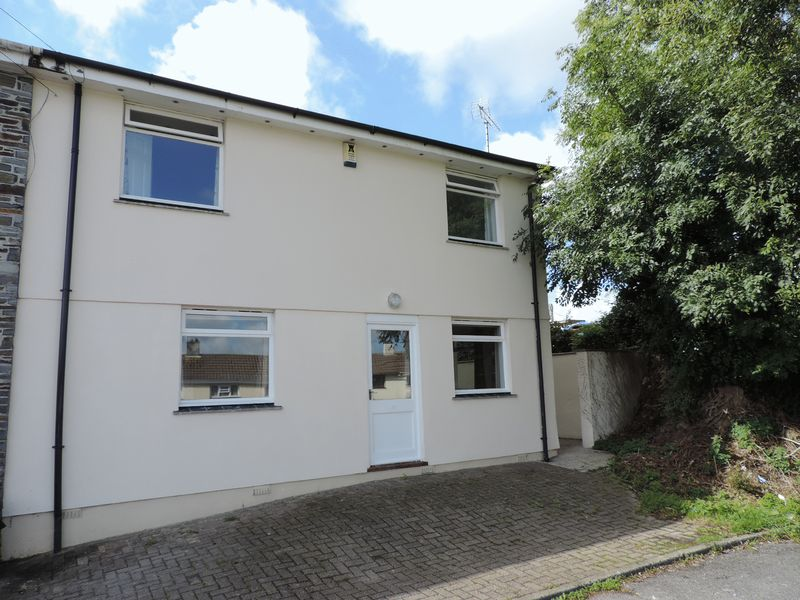 4 Bedrooms Property for sale in Malabar Road, Truro