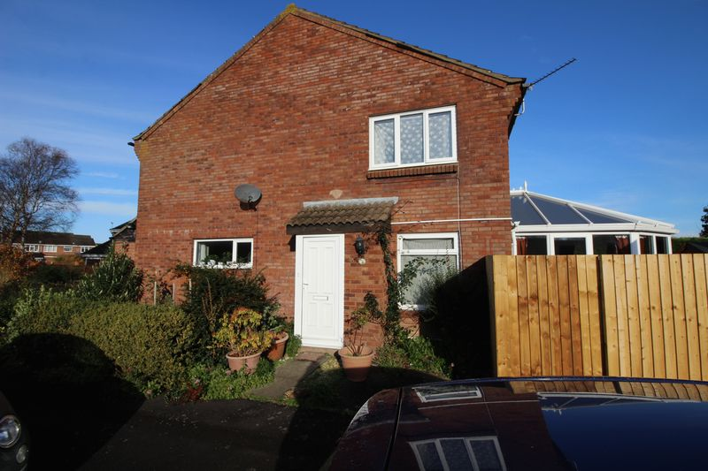1 Bedroom Property for sale in Tutton Way, Clevedon