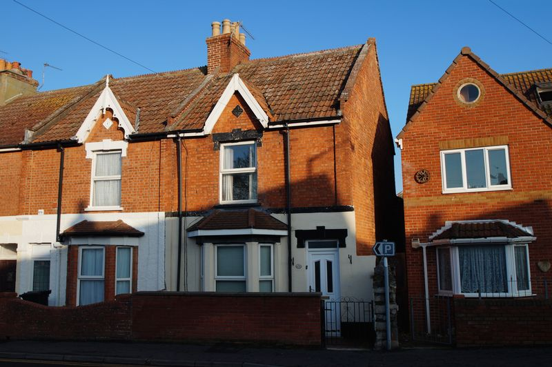 3 Bedrooms Property for sale in Oxford Street, Burnham-On-Sea