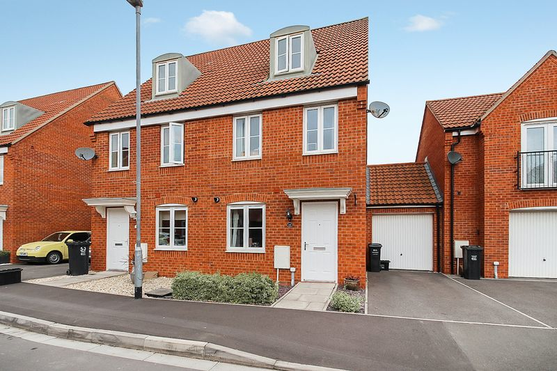 3 Bedrooms Property for sale in Sharpham Road, Glastonbury