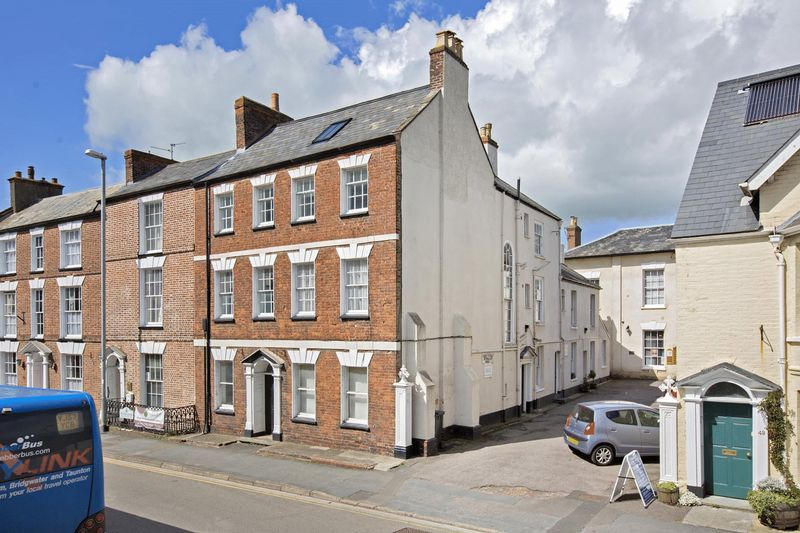 1 Bedroom Property for sale in High Street, Wellington