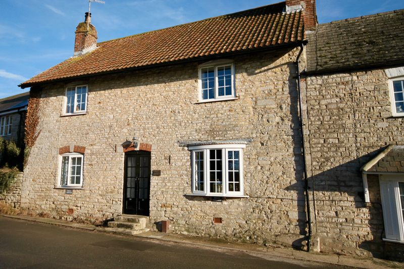 2 Bedrooms Property for sale in Front Street Portesham, Weymouth