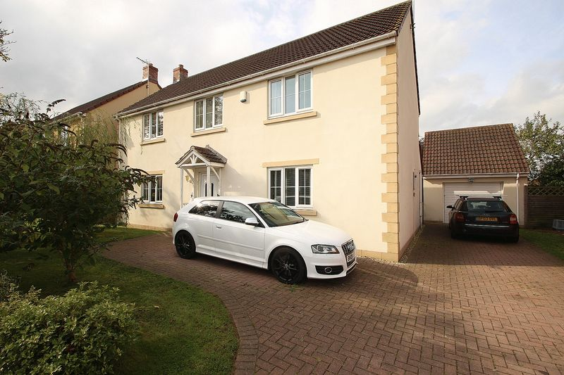 4 Bedrooms Property for sale in The Orchards Meare