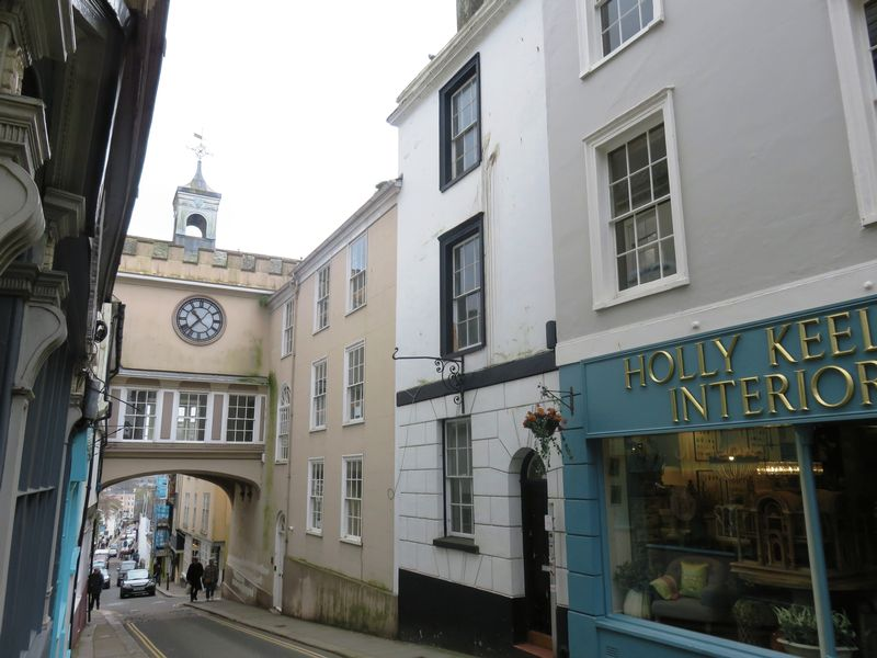 2 Bedrooms Property for sale in 4 High Street, Totnes