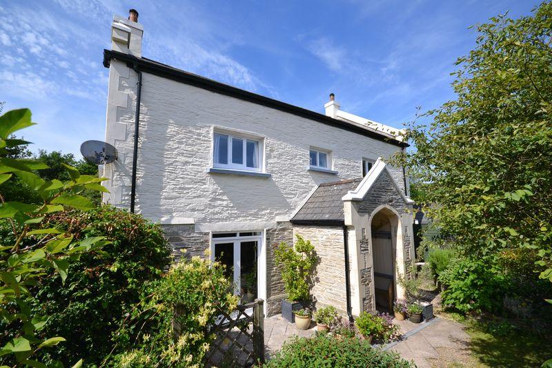 4 Bedrooms Property for sale in Woodcourt Road Harbertonford, Totnes