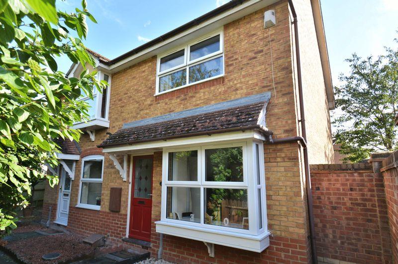 2 Bedrooms Property for sale in Brunstock Beck, Didcot