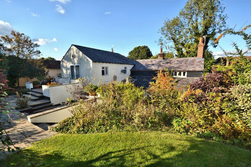 4 Bedrooms Property for sale in London Road, Blewbury, Didcot