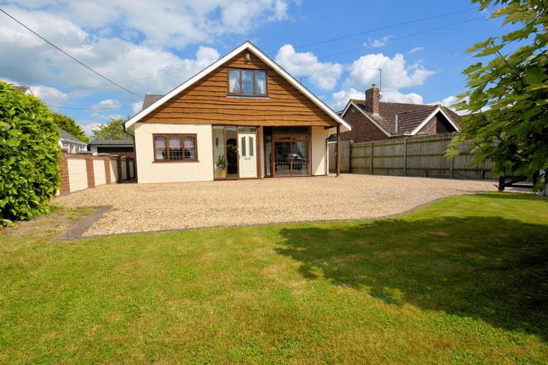 3 Bedrooms Property for sale in New Road, East Hagbourne, East Hagbourne