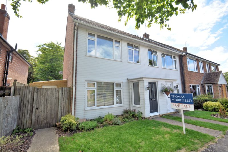 3 Bedrooms Property for sale in Grahame Close, Blewbury, Didcot