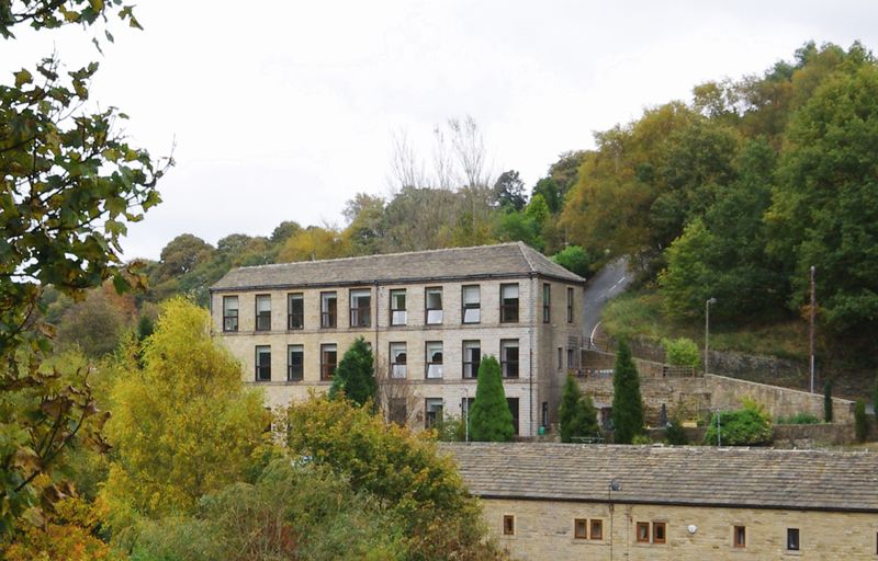 Upper Bank Houses