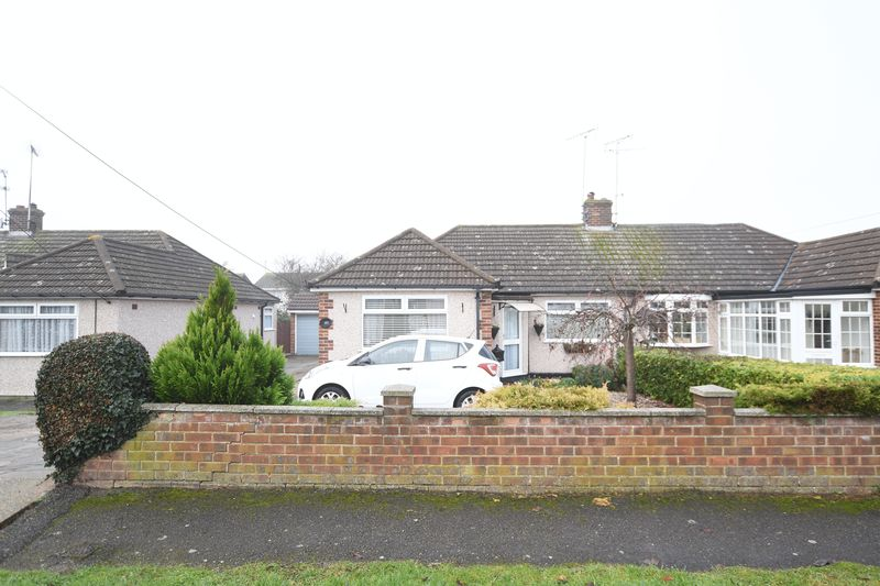Louis Drive West Rayleigh