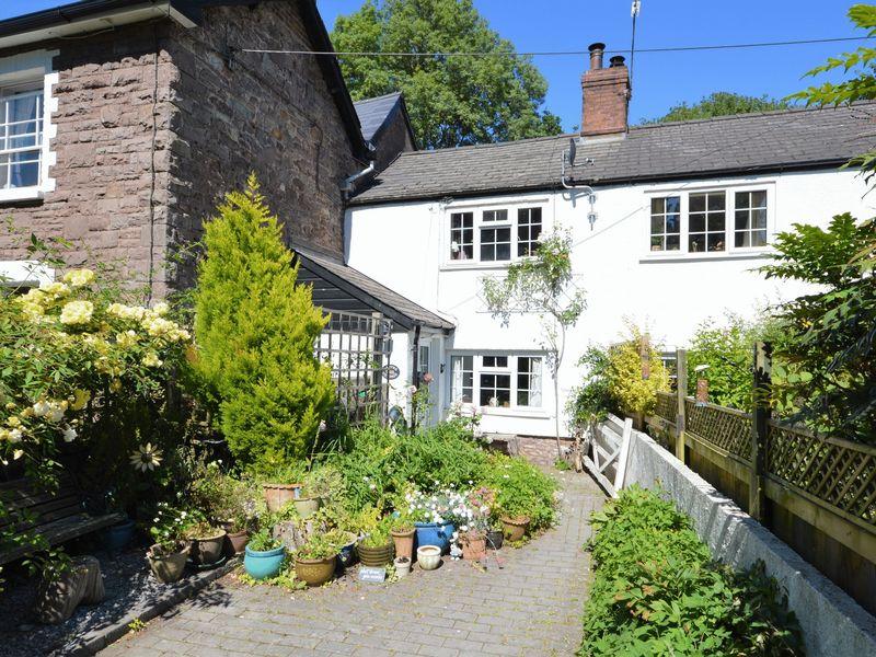 Mitre Cottage Llantilio Pertholey