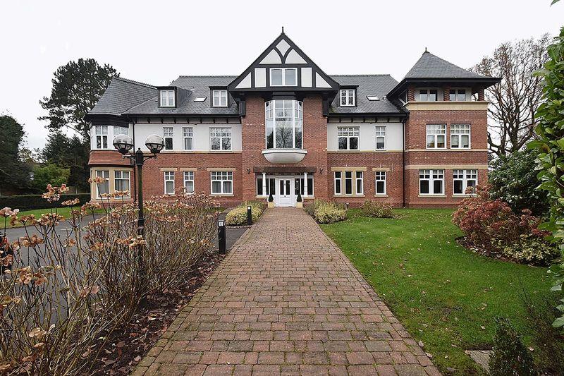 Ruskin Lodge, Broad Lane