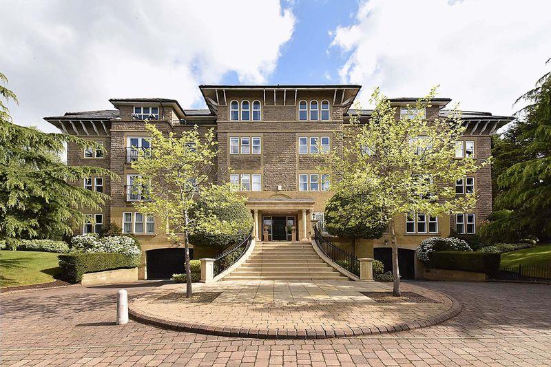 Dunham Court, Stanhope Road