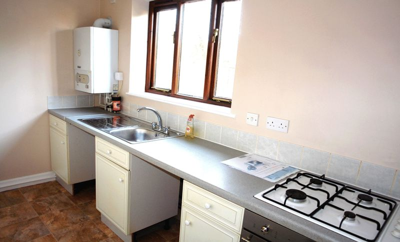 Built in oven and hob, combi boiler