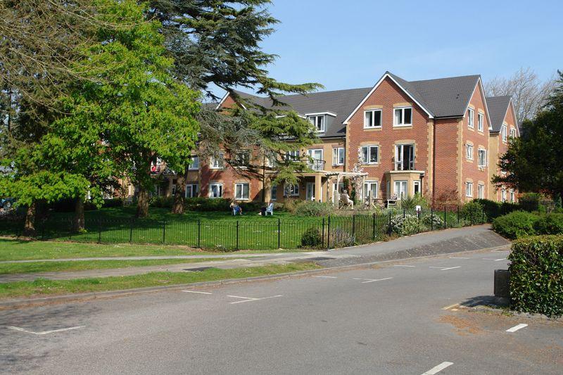 Twenty Eight,  Sapphire Lodge, Christ Church Close