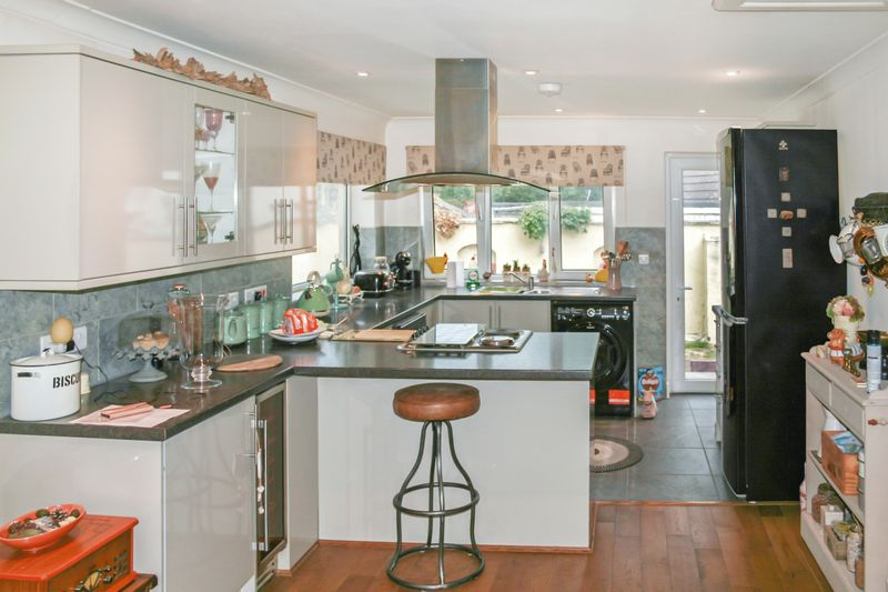 2 Brow Hill Heathfield
