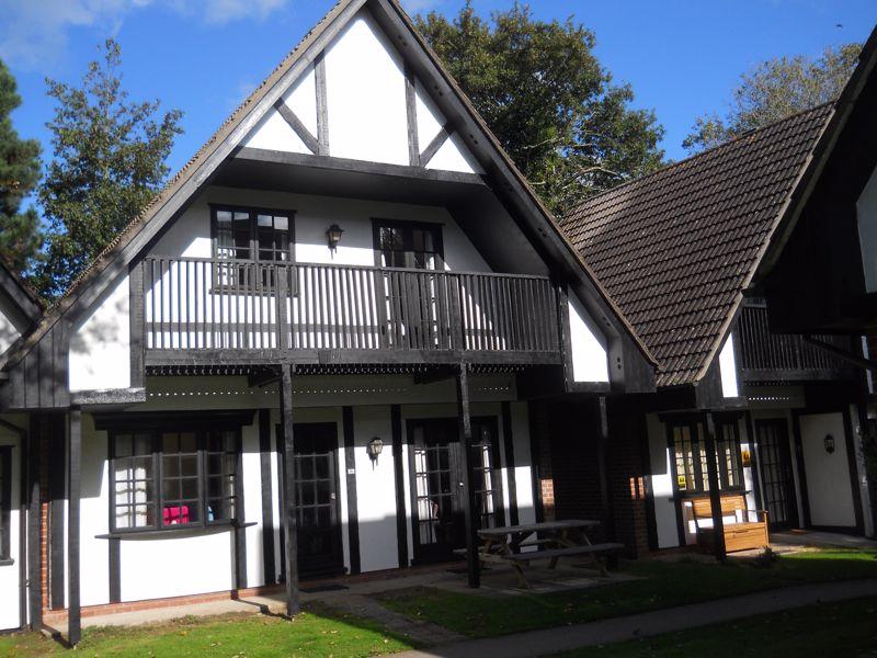 35 Tudor Court Tolroy Manor