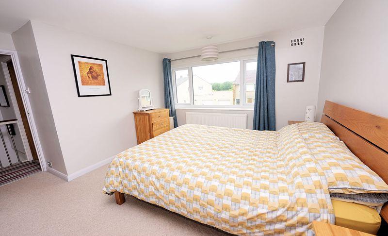 Excellent bedroom