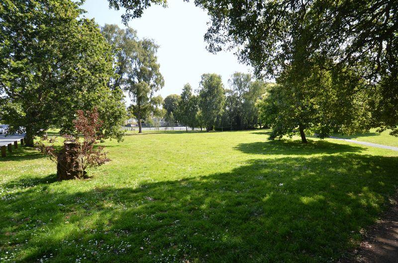14 Forde Park
