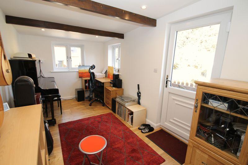 Studio/garage