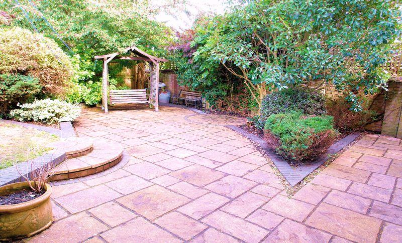 Extensive patio