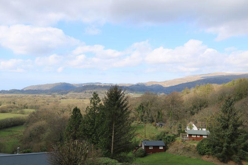 6 Llugwy Lodge Estate Pennal