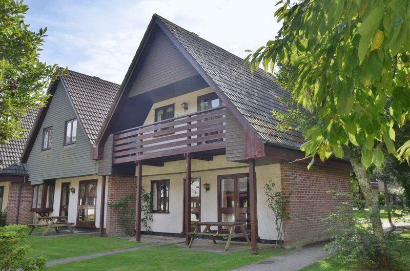Tolroy Manor