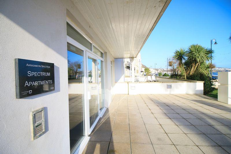 107 Spectrum Apartments Central Promenade