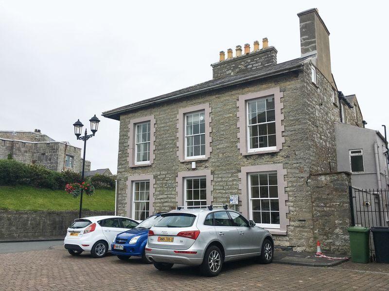 Derby House, Parliament Square, Castletown