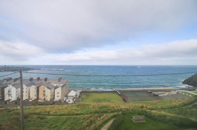 Castle View, 6 Victoria Terrace
