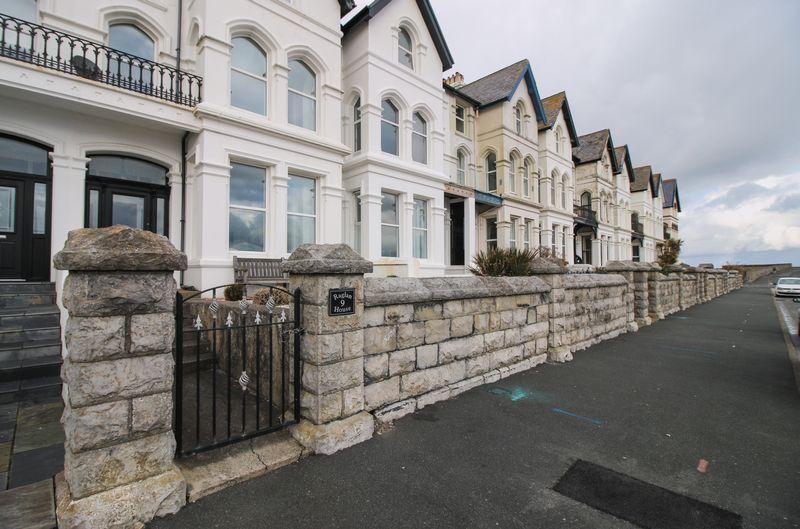 Raglan House, 9 The Promenade
