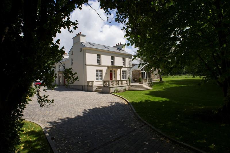Ballagarraghyn, Main Road