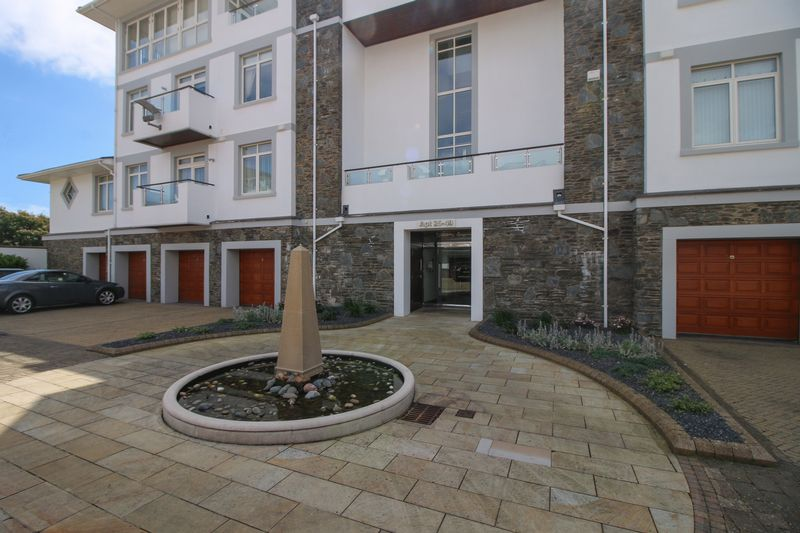 25 Majestic Apartments, King Edward Road