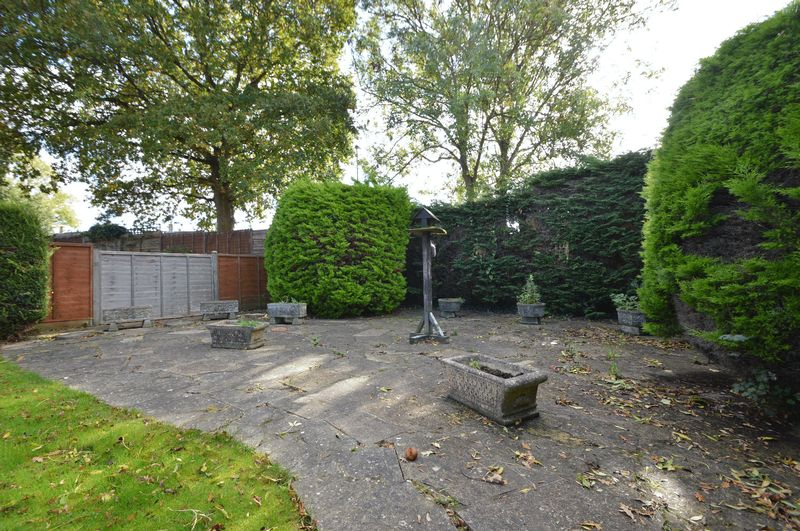 Brookfield Gardens