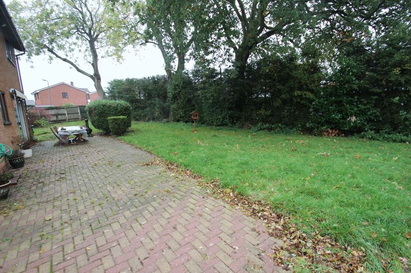 Blackstitch Lane Webheath